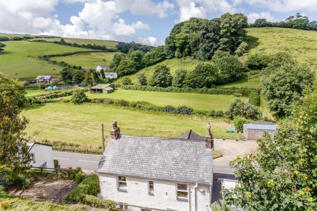 Property For Sale In Muddiford Devon Guide Price 163 330 000