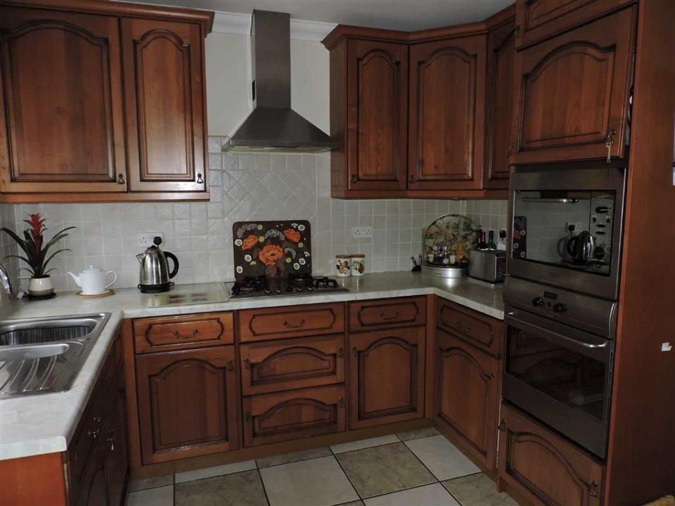 3 Bedroom Property For Sale In Kings Road Llandybie