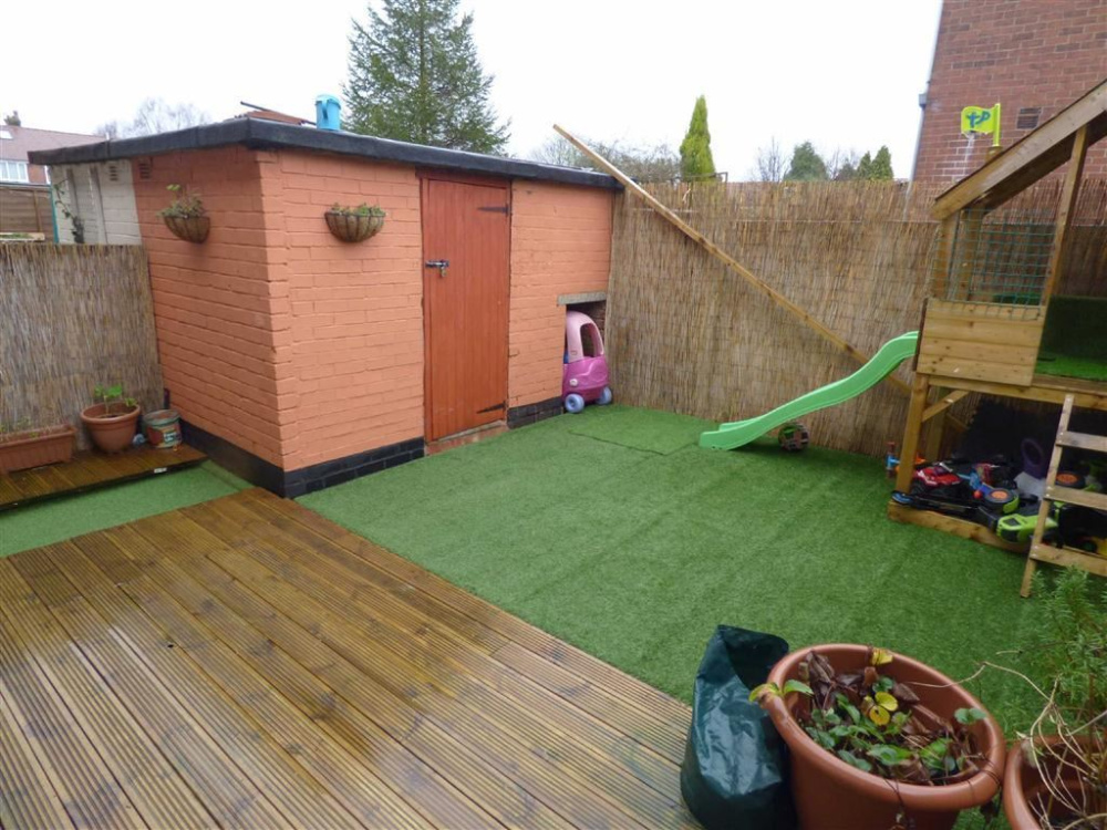Garden Sheds Oldham 3 bedroom property for sale in arden street, chadderton, oldham
