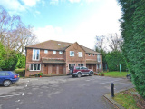 2 bedroom Purpose Built Flat in Storrington