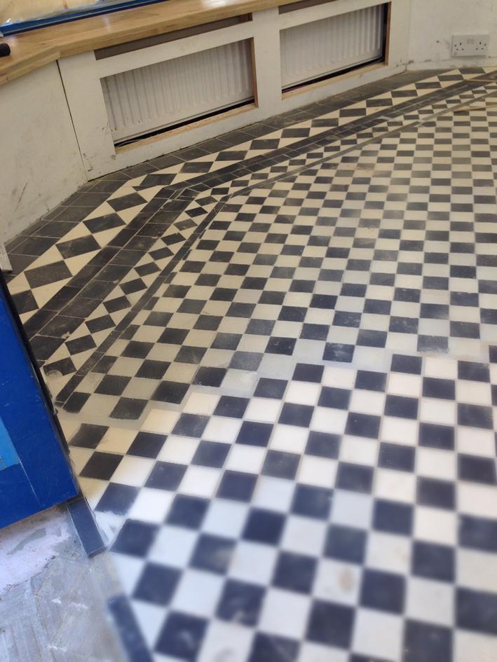 Tesilated floor