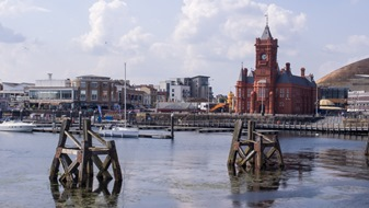 living in cardiff bay