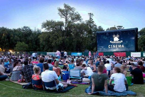 Outdoor cinema,