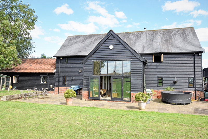 Folly Barn, Poslingford